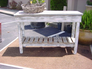 OUTDOOR BUFFET BAR TABLE ISLAND