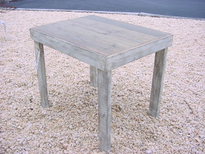 "28"" x 36"" OUTDOOR - INDOOR TABLE"