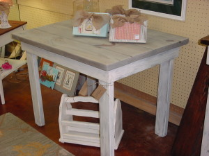 "AGED & WEATHERED Small FARM TABLE (29"" x 40"")"