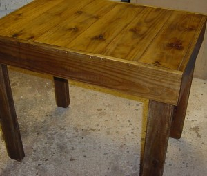 "24"" x 35"" INDOOR - OUTDOOR TABLE"