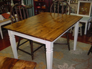 HARVEST FARM TABLE ( 3' x 4')