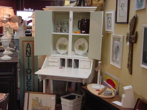 SECRETARY with Drop Front and Removable HUTCH