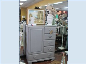 SMALL ARMOIRE CHEST w/ 5 Drawers and Closet