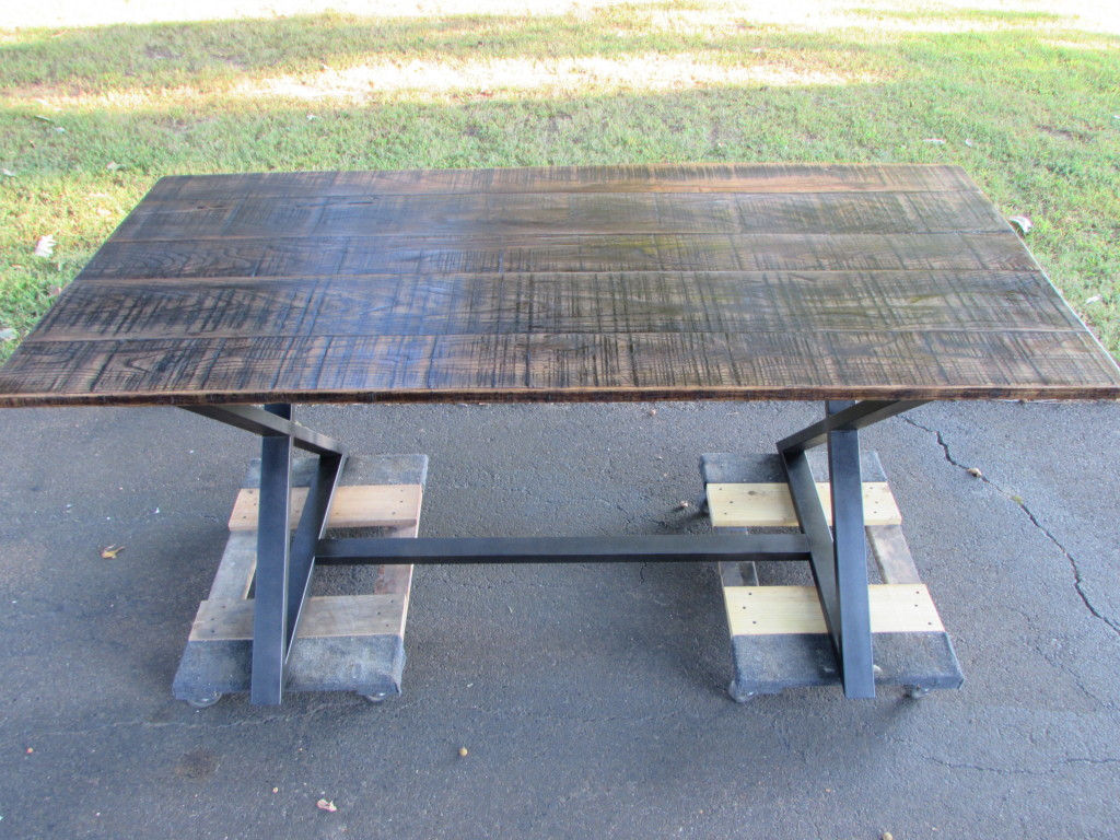 ASH TOP FARM / FARMHOUSE TABLE ON MODERN BASE
