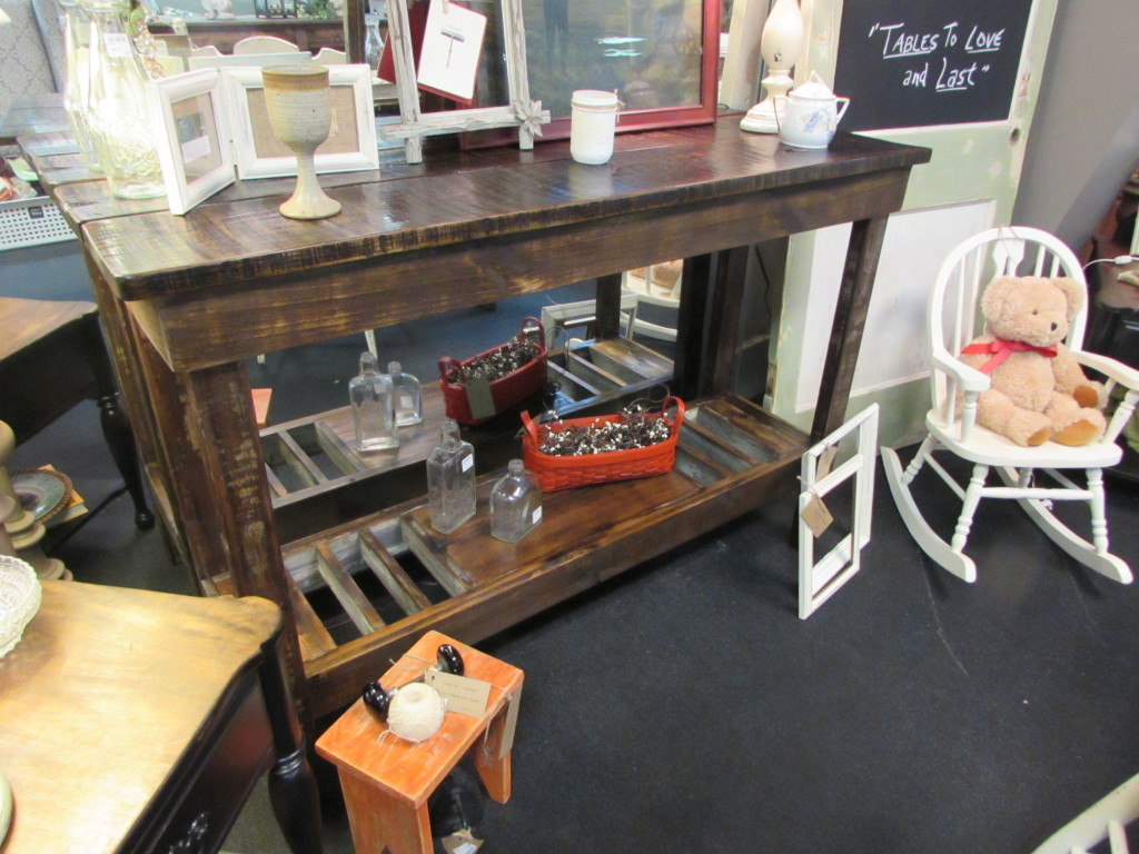 RUSTIC WINE BUFFET TABLE CONSOLE