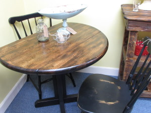 "36"" ROUND DROP LEAF TABLE w/ TWO CHAIRS"