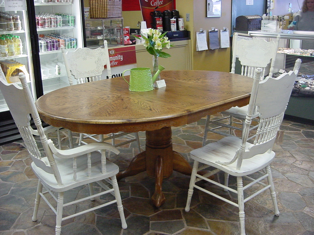 Refinish kitchen table fair refinished kitchen tables lovely interior decor kitchen farmhouse - Restaining kitchen table ...