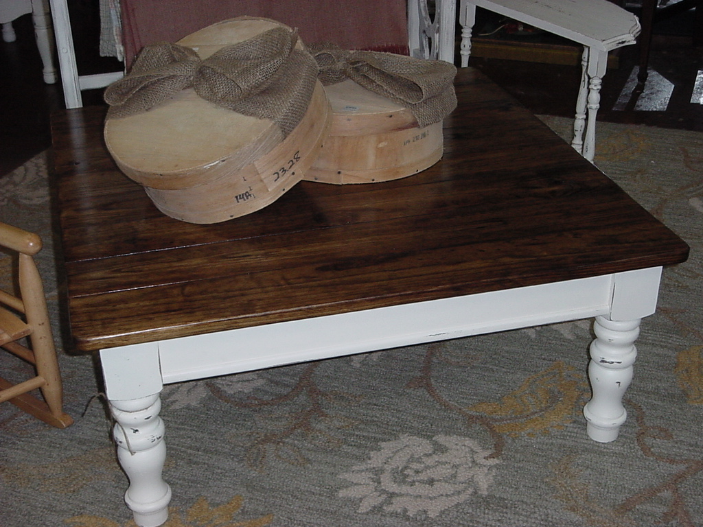40 square beach or cottage getaway coffee table just for Small cottage coffee table