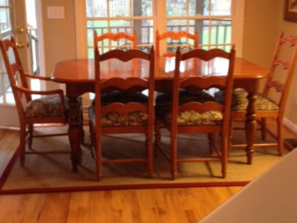 ORIGINAL DINING TABLE And CHAIR SET (Without CENTER LEAF)
