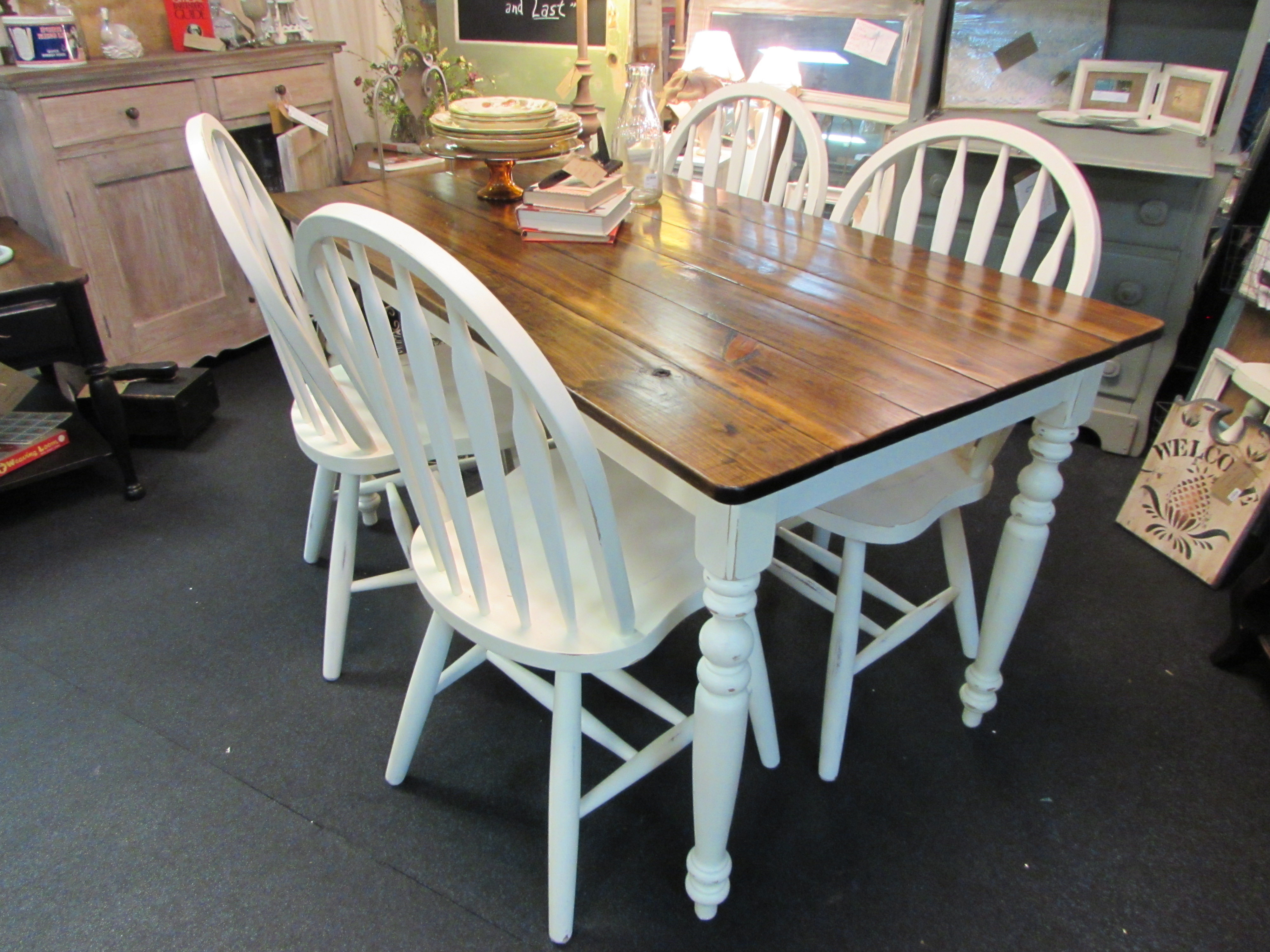 Distressed Farmhouse Table And Chairs Arm Designs